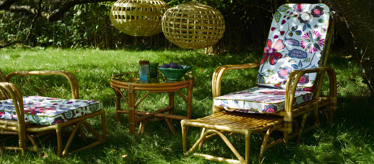 cane garden furniture set