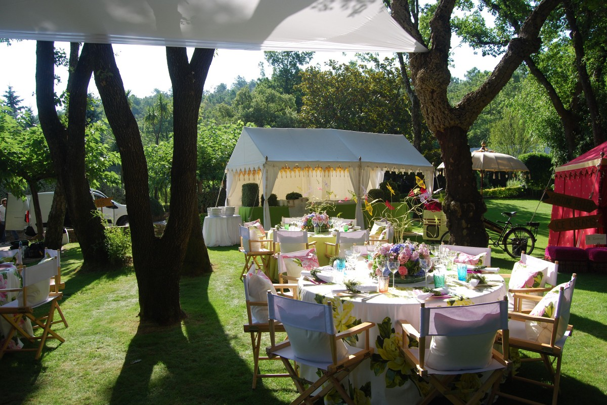 Tents for smaller gatherings 28