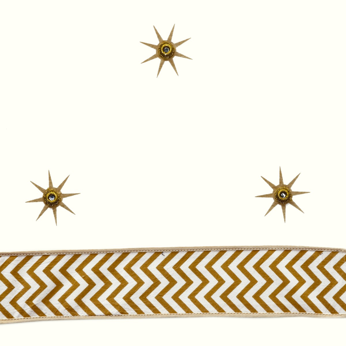 Cream Gold Star ceiling