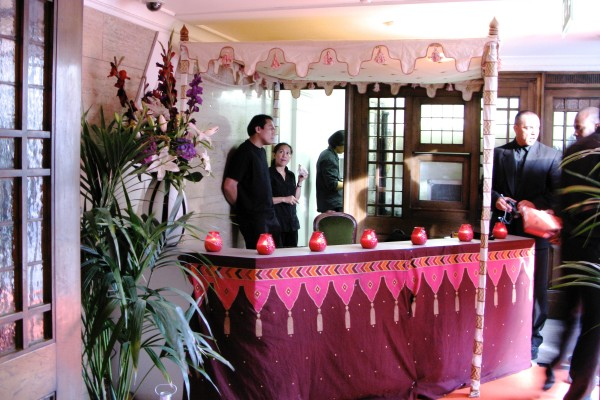 Venue pic bar with canopy Stationers Hall