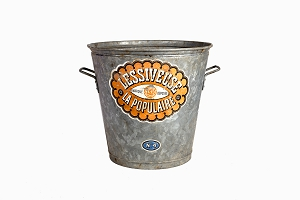 Galvanised steel bucket with French lable Lessiveuse