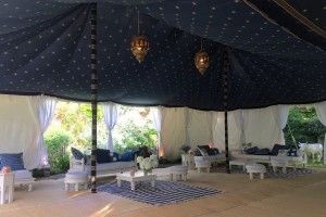 Double Maharaja with indigo gold star ceiling