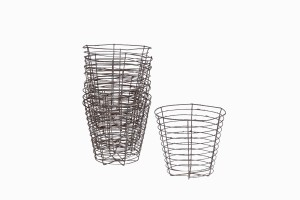 Set of 8 wire strawberry  baskets