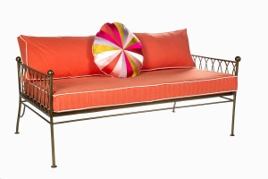Palm Springs gold daybed without canopy