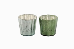 Glass votives with wide fluted detail